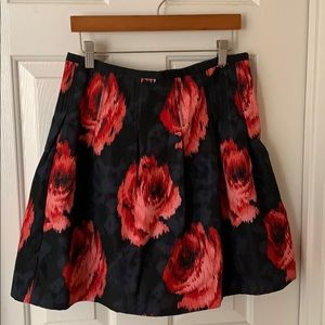 Gap skirt with side pockets!